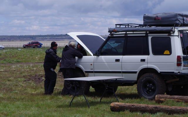 """Land Rover, """"Çok Çamurlu"""" Olduğu İçin Off-Road Demosunu İptal Etti [Güncellendi!]"""