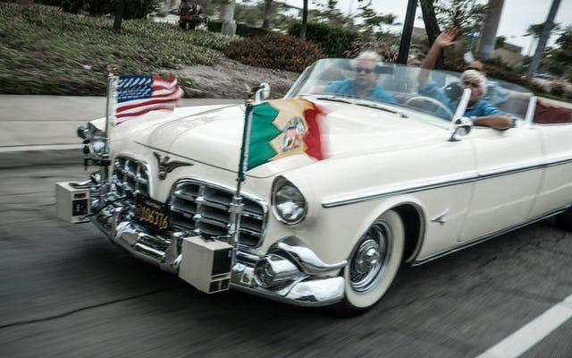 Los Angeles utilise toujours cette impressionnante Chrysler 1952 comme voiture de parade