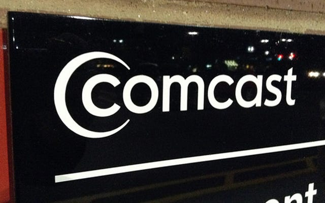 Presentar una queja ante la FCC para reducir potencialmente su factura de Internet