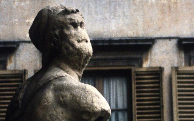 Questa statua è una bacheca Snark di 500 anni