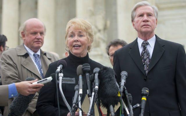 Surprise! La Cour suprême vient de sauver la loi sur les soins abordables