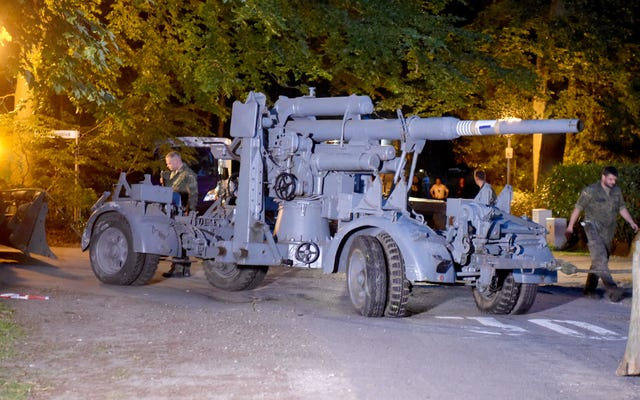Yetkililer İkinci Dünya Savaşı Panter Tankını Alman Emekliden Ele Geçirdi