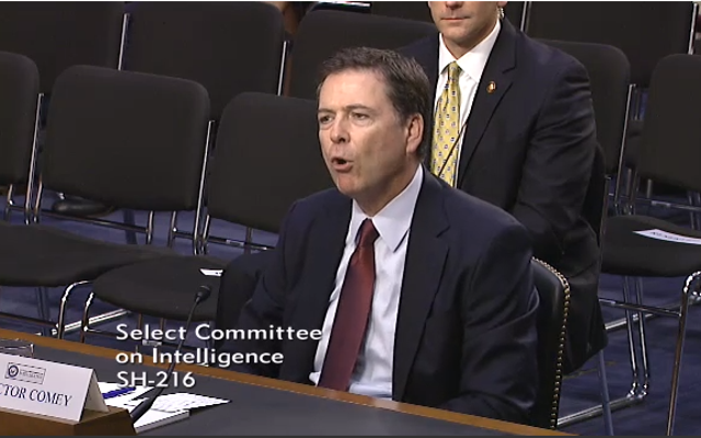 """ФБР практически просит """"парадного"""" доступа к зашифрованным данным"""
