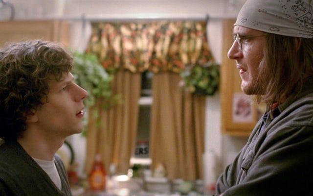 David Foster Wallace Filmi En azından Vizyonumuzu Doğru Alıyor