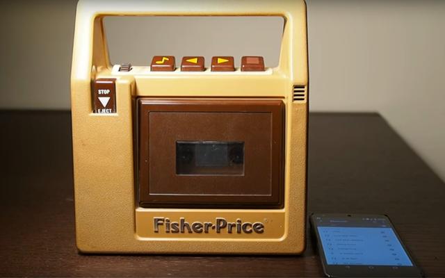 Un genio convirtió el reproductor de casetes Fisher Price en un altavoz Bluetooth