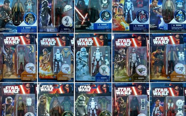 Walmart acaba de venderle a este tipo una montaña de figuras de Star Wars: El despertar de la fuerza