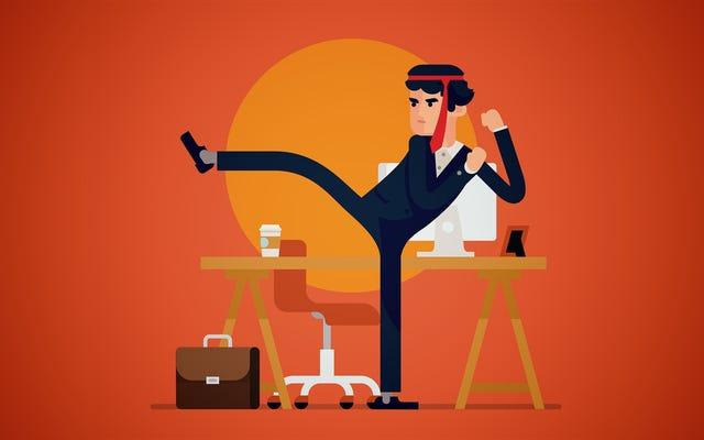 चार संकेत आपको छोड़ने के बजाय अपनी वर्तमान नौकरी को ठीक करना चाहिए