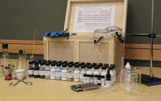 นี่คือชุดวิชาเคมีที่คุณอยากทดลองใช้จริงๆ