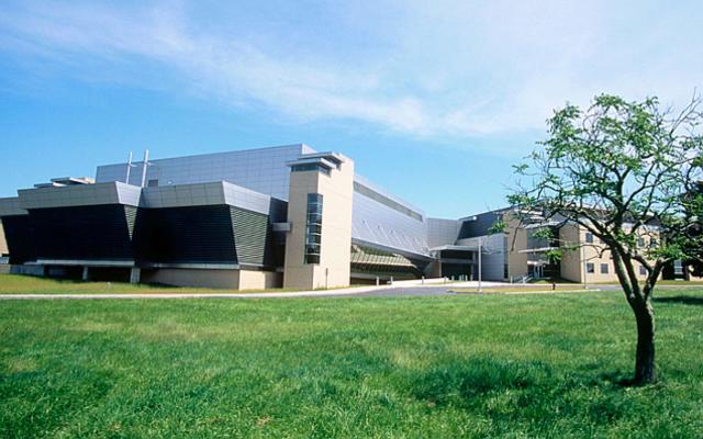 連邦政府の「覚醒剤研究室」は、ブレイキング・バッドが少なく、よりひどい科学博覧会の実験でした