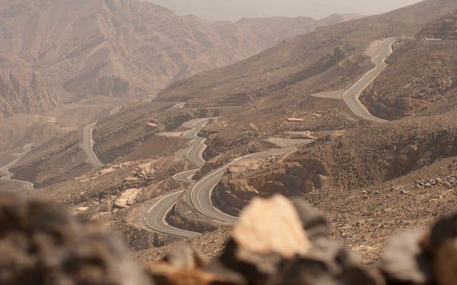 100 mil z Dubaju: droga za 80 milionów dolarów donikąd
