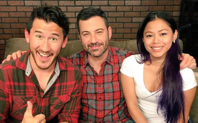 YouTuber famosi vanno in TV, danno una lezione a Jimmy Kimmel