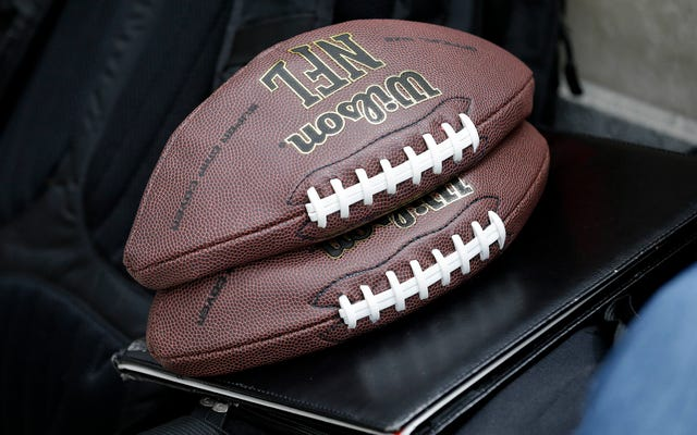 Les Patriots demandent la réintégration des employés accusés de dégonfler la balle