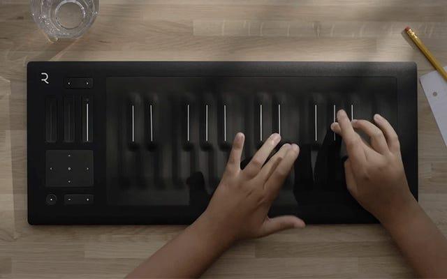 वहाँ अब उन स्क्विशी ट्यूब कुंजी के साथ पियानो का एक कॉम्पैक्ट संस्करण है