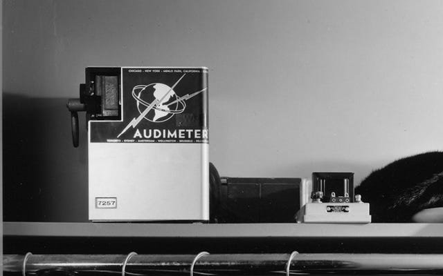30年代と40年代にラジオ視聴者を測定した奇妙なマシン