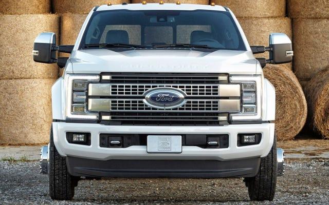 Ford Super Duty 2017: nuova carrozzeria, vecchi motori, high-tech a prova di idiota
