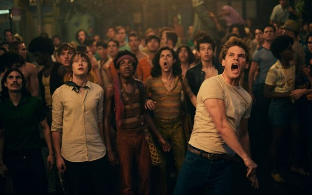 Stonewall Mendapat Apa yang Pantas, Tank di Box Office