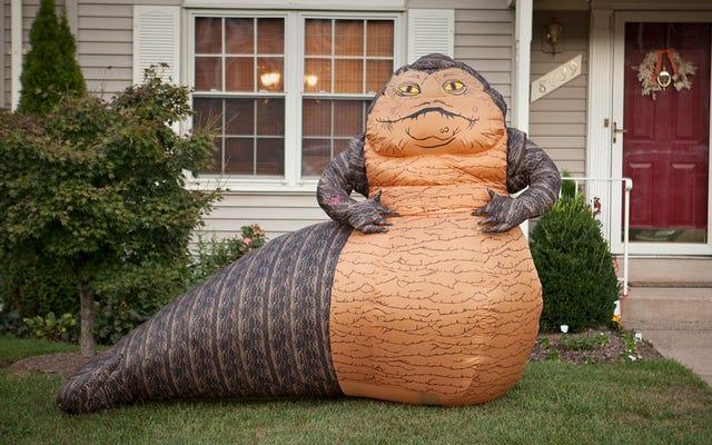 Jabba bơm hơi cao 6 feet là vật trang trí bãi cỏ hoàn hảo cho bất kỳ kỳ nghỉ nào