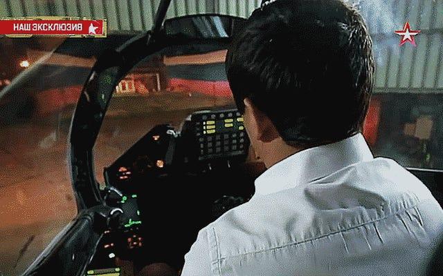 Su-30SMフランカーの強烈な30mmキャノンブラストアウェイを見て聞いてください