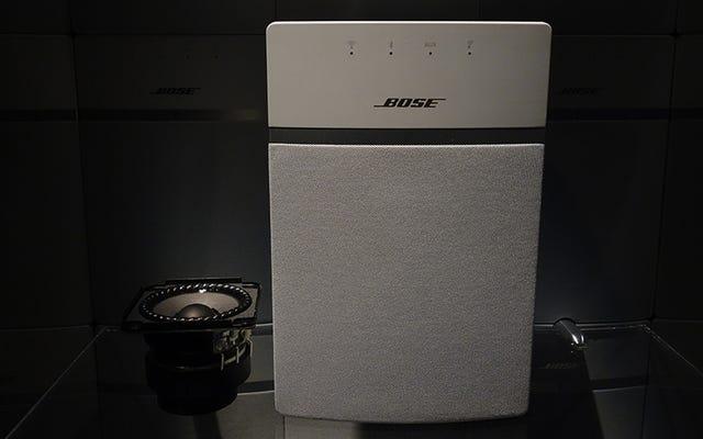 बोस का $200 साउंडटच 10 एक ब्लूटूथ-वाईफाई डबल व्हैमी है