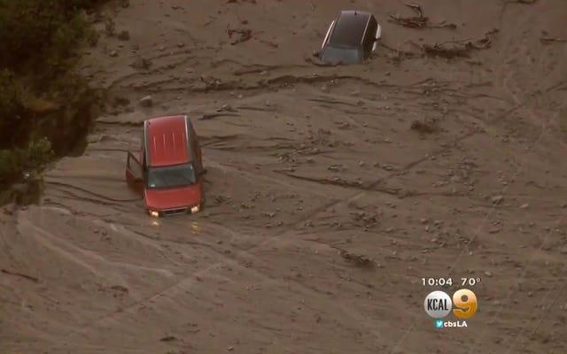 200 voitures piégées dans une coulée de boue en Californie sont un aperçu de El Niño cet hiver