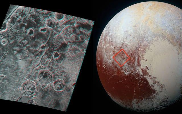 Poznaj Plutona w trzech wymiarach