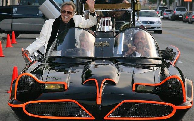 オリジナルのバットモービルのデザイナー、ジョージ・バリスが亡くなったと伝えられている