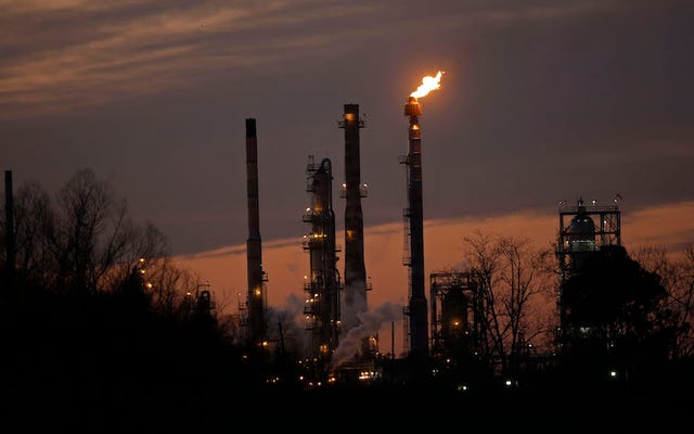 Exxon jest teraz badany za kłamstwo na temat zmian klimatycznych