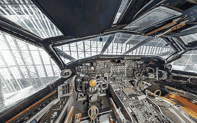 अद्भुत XB-70 Valkyrie's कॉकपिट का वर्चुअल 360 टूर करें