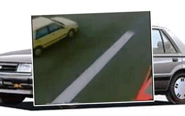 これらの古いいすゞジェミニ広告は、ばかげて壮観な運転でいっぱいでした
