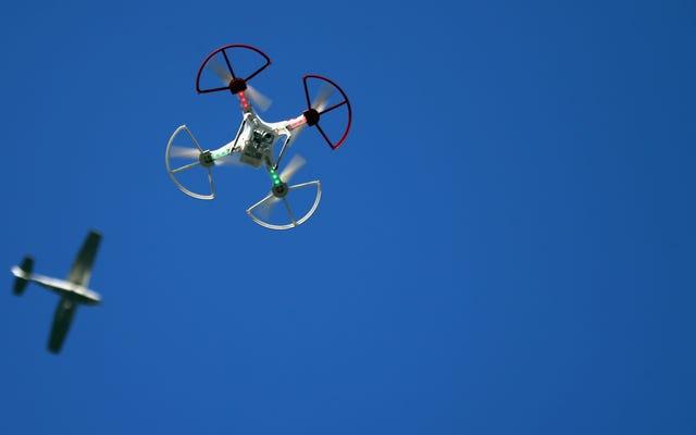 FAAは1つのかなり怪しげな抜け穴を含む新しいドローンルールをリリースします
