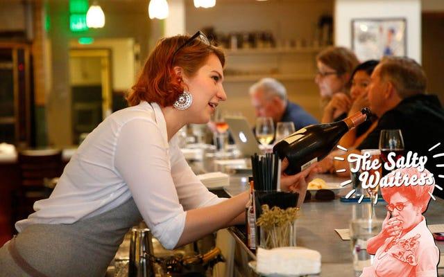 Demandez à la serveuse salée : combien dois-je pourboire sur une boisson non alcoolisée dans un bar ?