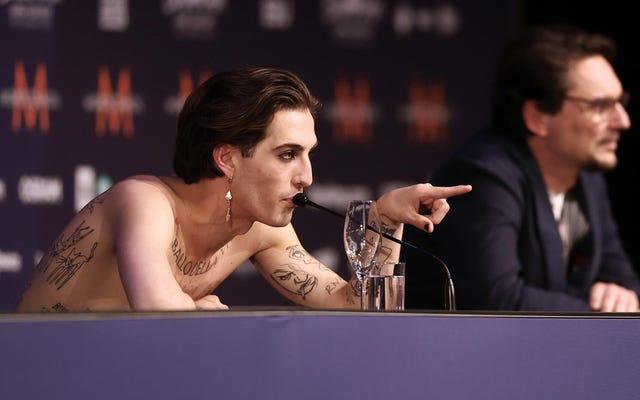 Anh chàng Eurovision trông giống như anh ta đang làm than cốc Đã không làm than cốc, anh ta nói Eurovision Guy