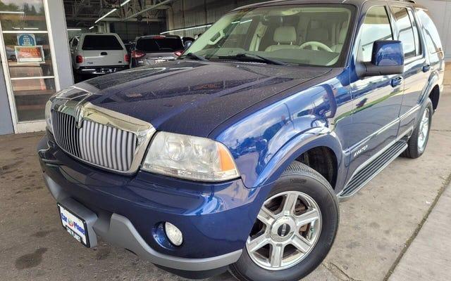Czy ten Lincoln Aviator z 2004 r. to najlepszy luksusowy SUV za 4995 dolarów?