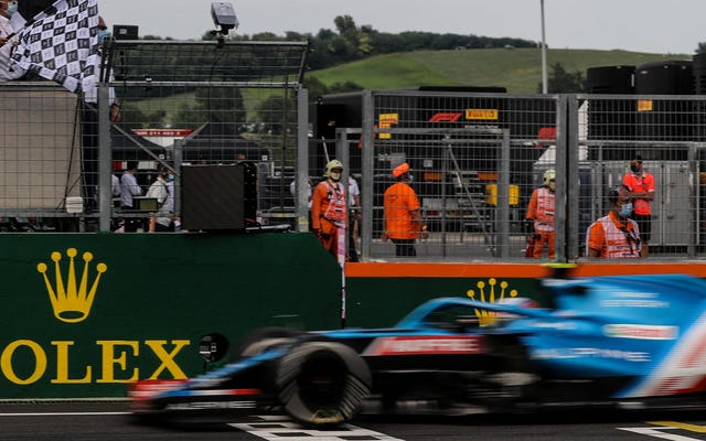 エステバンオコンが混沌としたハンガリーグランプリで史上初のF1レースに勝利