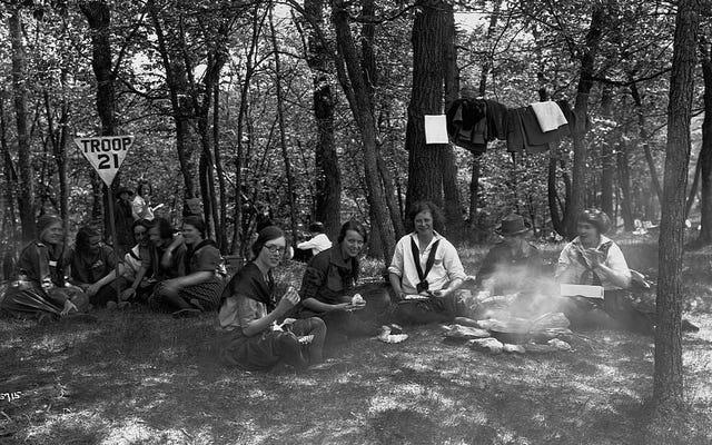 一緒にピクニックする友達は一緒にブリックニックをするべきです