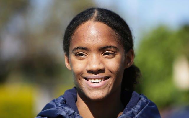 ブラックエクセレンス:ドナタカタイはオリンピックでジンバブエを代表する最初のブラックスイマーです