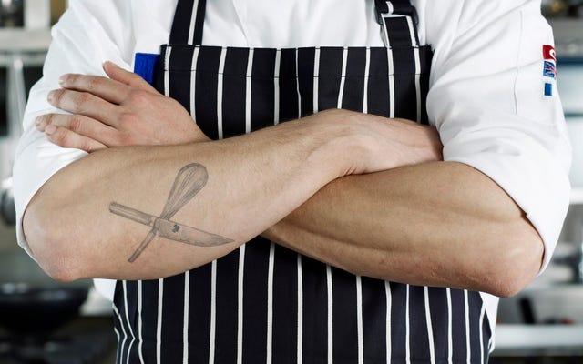 Chefs, imploramos, não façam essas tatuagens terríveis