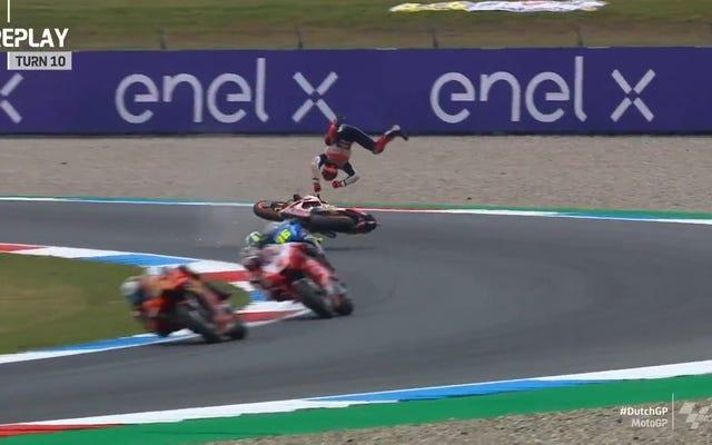 Vụ tai nạn mới nhất của Marc Marquez cho thấy Honda có vấn đề nghiêm trọng