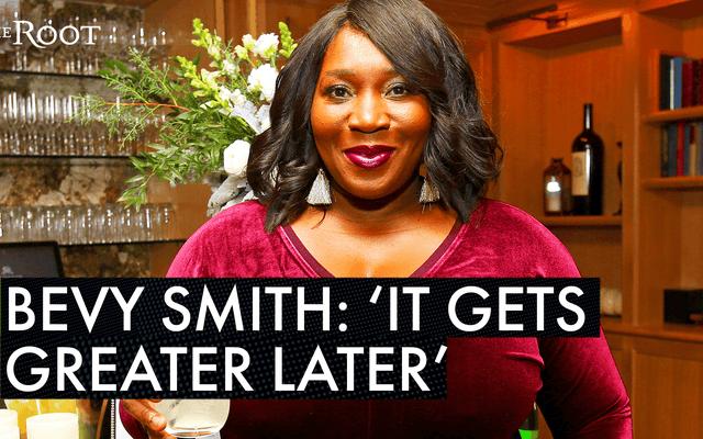 Filtresiz Teyze, Bevy Smith ve 40'tan Sonra Kendinizi Bulma Sevinçleri