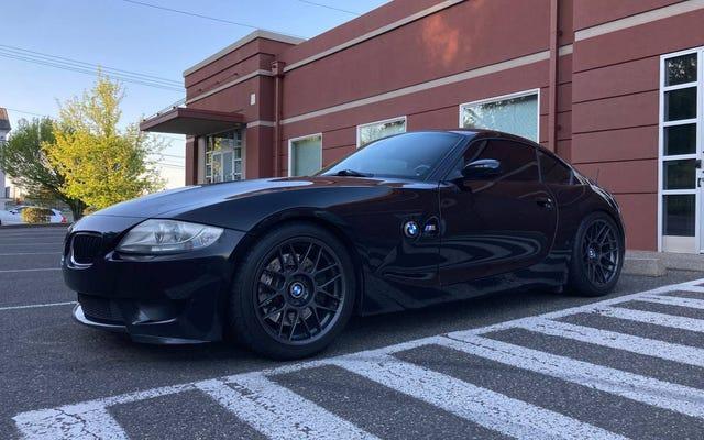 À 30 900 $, ce coupé BMW Z4 M 2006 avec un kilométrage modeste est-il une excellente affaire?