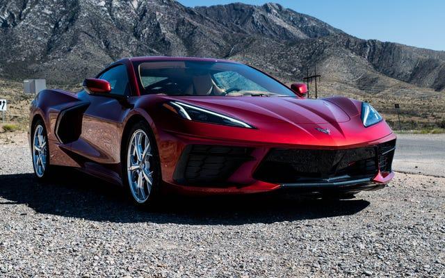 Recenzja: Corvette Stingray 2021 jest najlepszym z odważnych amerykańskich potęg