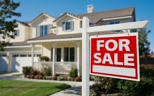 Pemilik Rumah Kulit Hitam di Indiana Mengajukan Keluhan Diskriminasi Saat Penilaian Rumah Meningkat $ 100.000 Setelah Menghapus Pengenal Hitam Dari Rumah