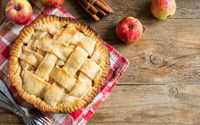 5 przepisów na jabłka bez skórki, które musisz wypróbować tej jesieni