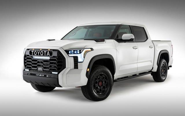 Toyota dit de le visser et montre la toundra complète de 2022