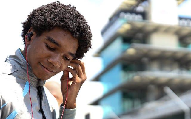 インディカーの多様性に焦点を当てたUSF2000チームであるフォースインディが、ドライバーとしてマイレスロウに署名