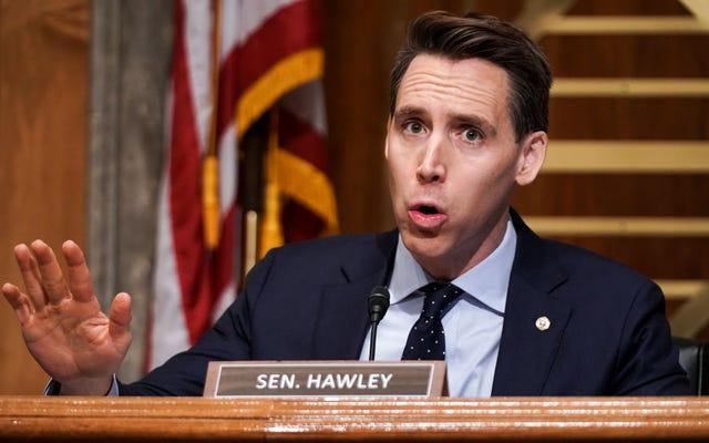 El senador de Missouri Josh Hawley quiere desesperadamente ser importante