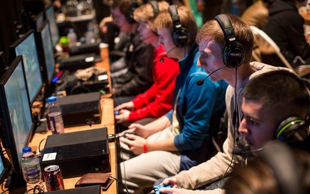 Pac-12は、eスポーツを実行およびブロードキャストする最初の会議になります