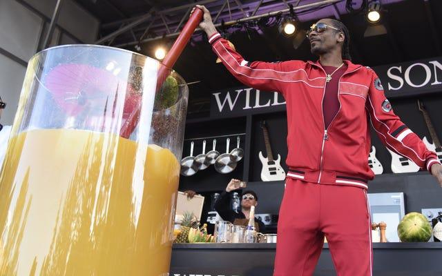 Snoop Dogg détient le record Guinness du plus grand gin et jus du monde