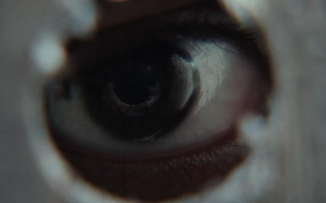 イット・カムズ・アット・ナイトの予告編は、ひどく静かな世界の終わりのホラー映画を約束します