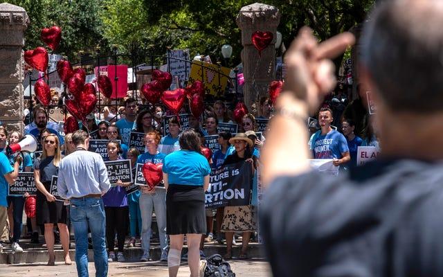 Un médecin du Texas pratique l'avortement en violation d'une nouvelle interdiction à l'échelle de l'État, défiant quelqu'un de le poursuivre